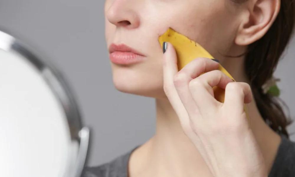banana peel for glowing skin - Telugudunai.in
